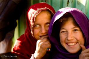 Afghani Girls in Kabul (Photo by Paula Lerner, 2005)
